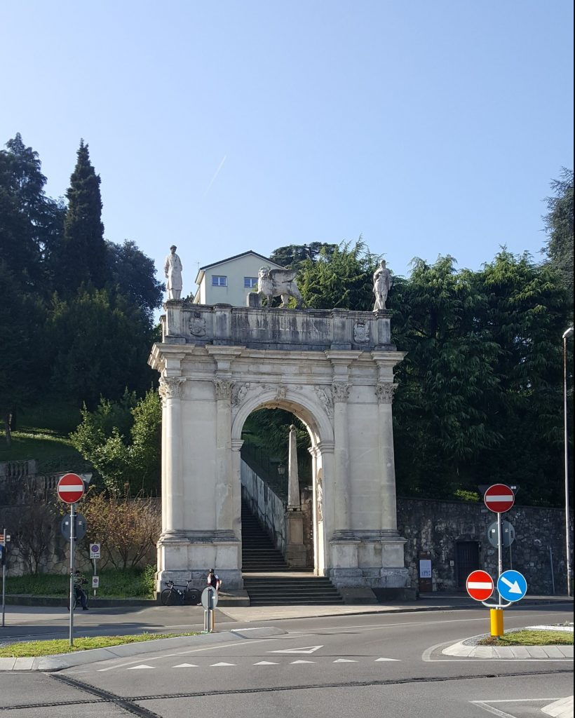 Arco delle scalette, Vicenza