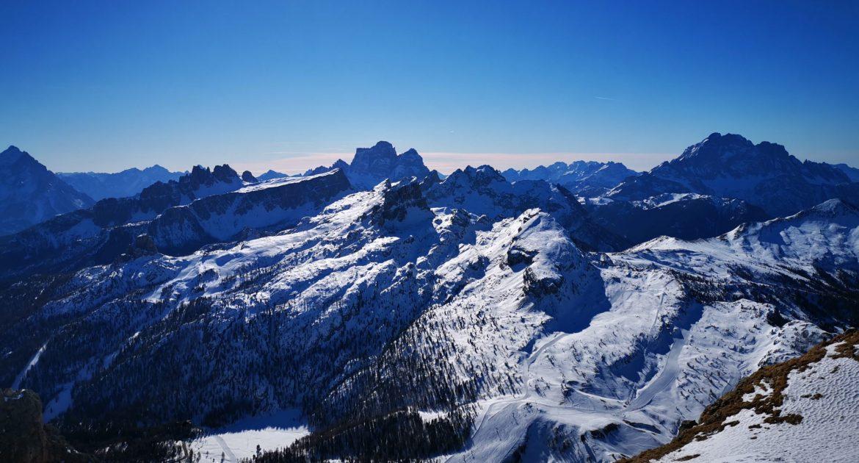 La Rifugiata Classica: tre giorni sulle Dolomiti sciando zaino in spalla