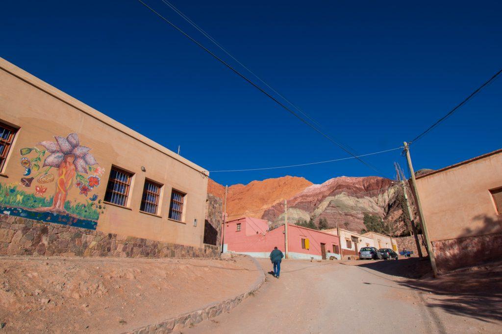 Purmamarca e il Cerro de Los Siete colores
