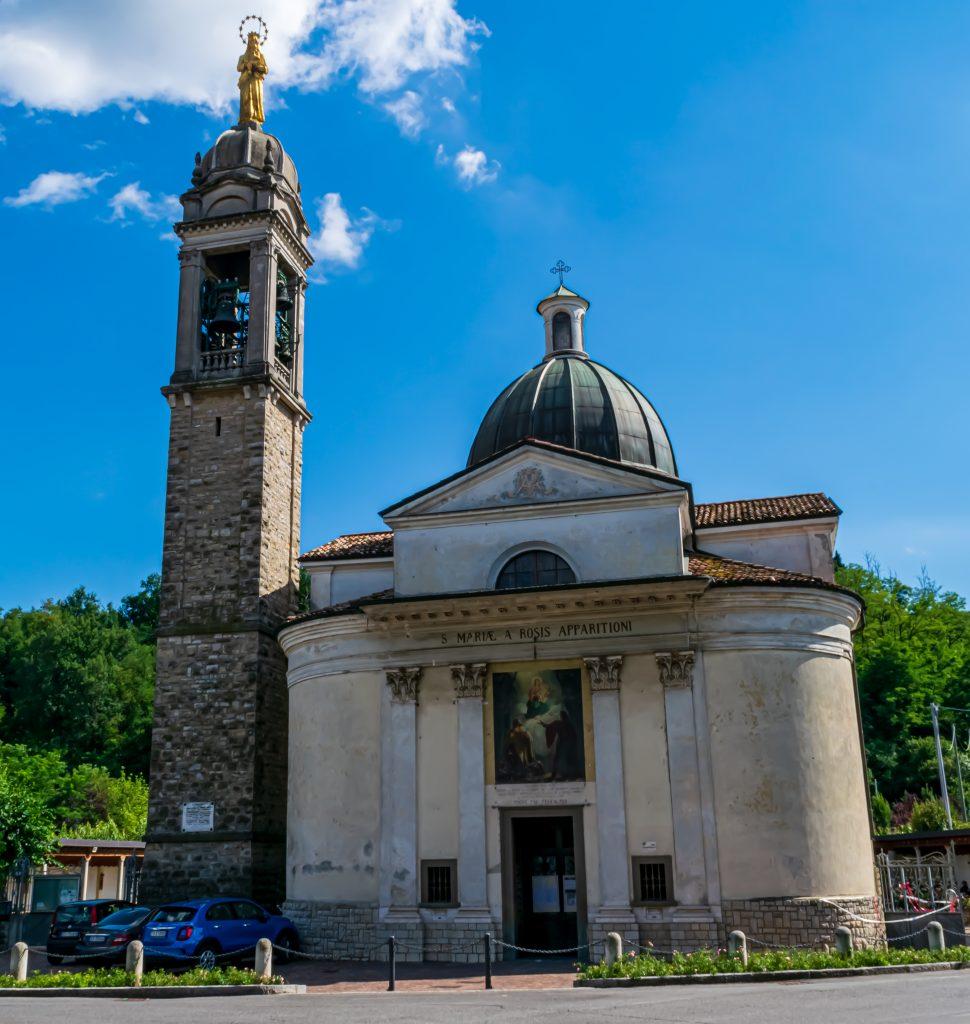 Santuario della Beata Vergine delle Rose, Cammino del Vescovado