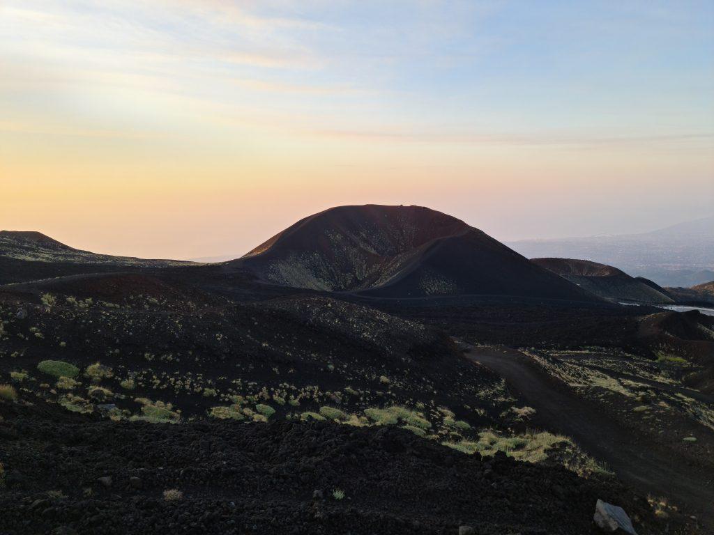 L'alba sull'Etna - Ascesa ai Crateri Sommitali