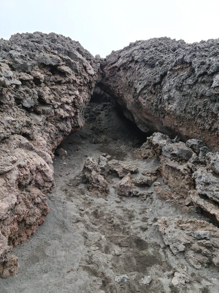 Tunnel di scorrimento lavico, Etna