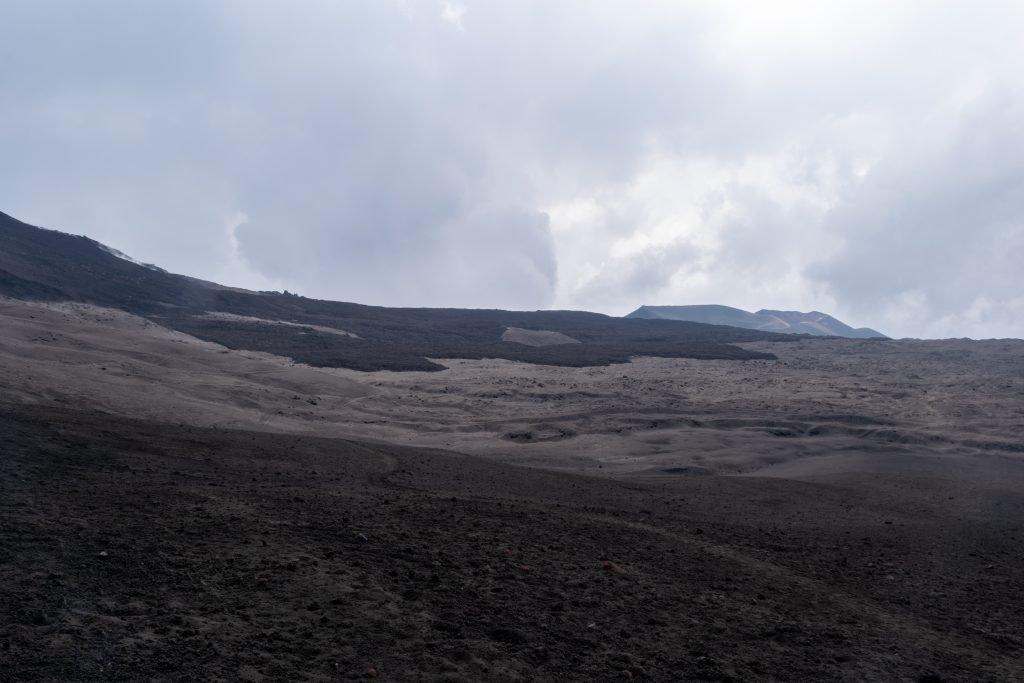 Il paesaggio lunare dell'Etna