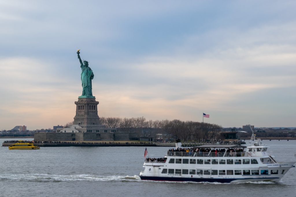 Statua della Libertà e Staten Island Ferry, New York