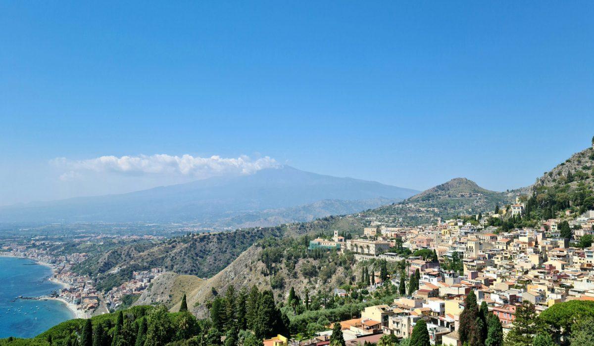 Taormina, una terrazza sul Mar Ionio